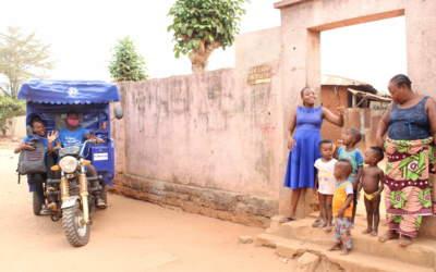 Bénin : Une matinée avec l'école mobile de Ouidah
